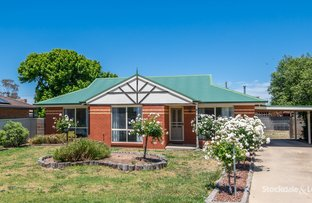 Picture of 18 Madge Court, Mooroopna VIC 3629