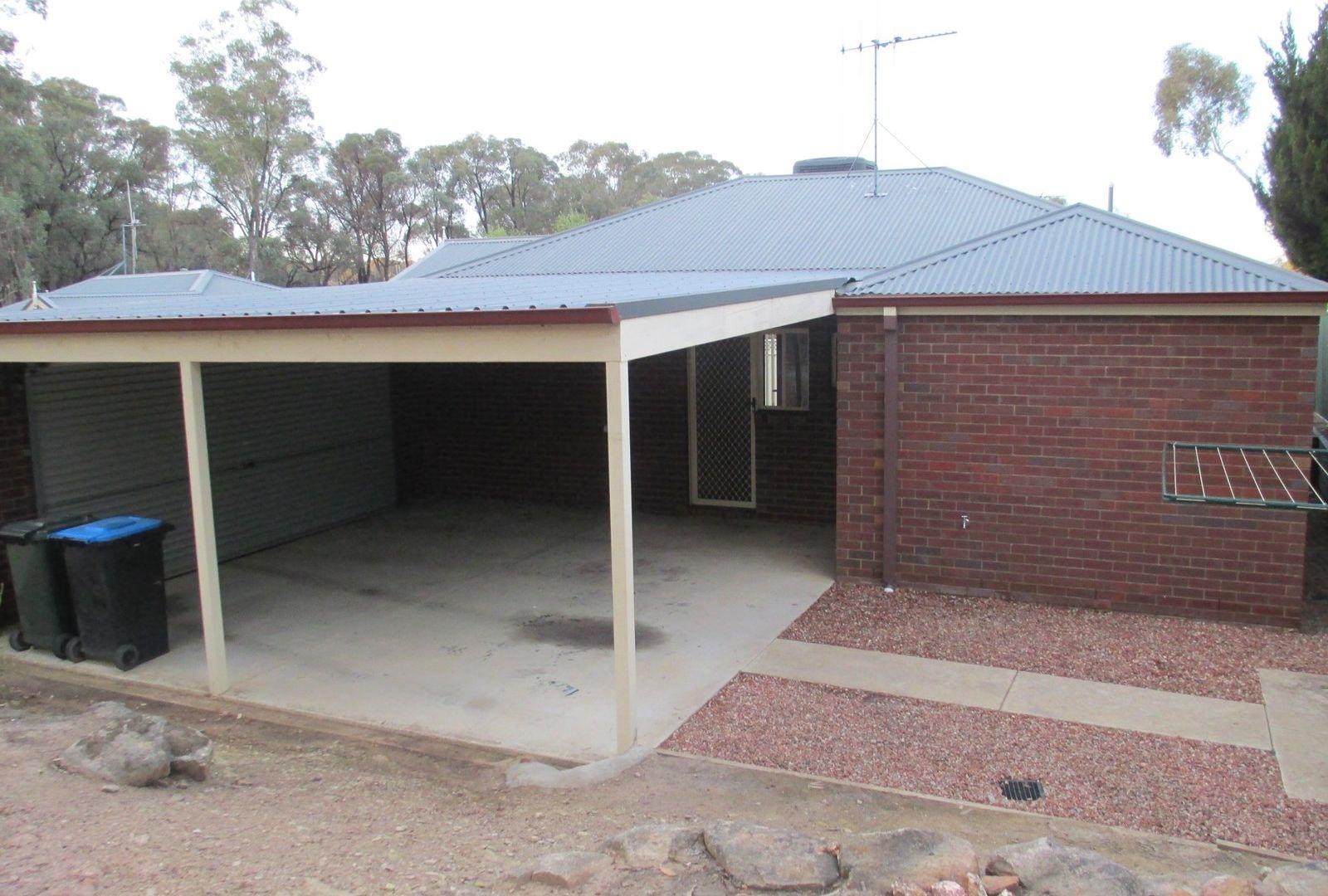 2/25 Ennor Place, Kangaroo Flat VIC 3555, Image 8