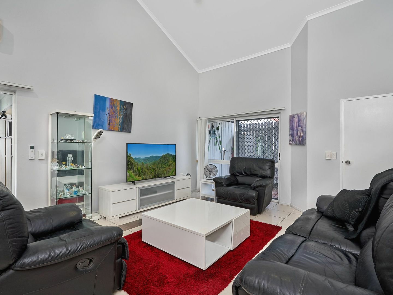 10/2 Nesbit Street, Whitfield QLD 4870, Image 2