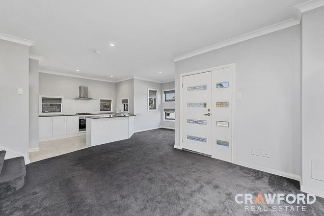 Picture of 1/126 Croudace  Road, ELERMORE VALE NSW 2287