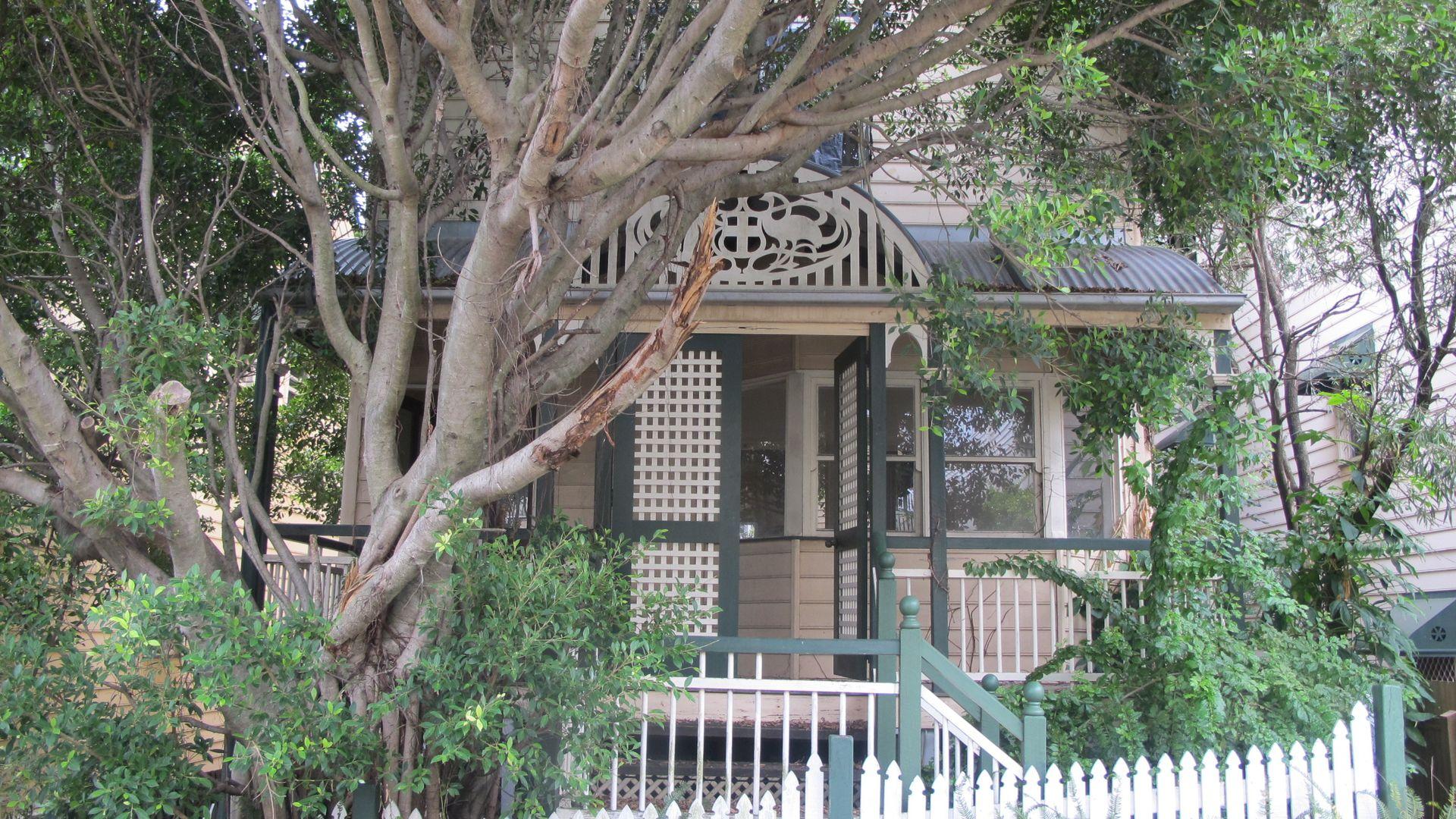 19 Crown Street, Petrie Terrace QLD 4000, Image 1
