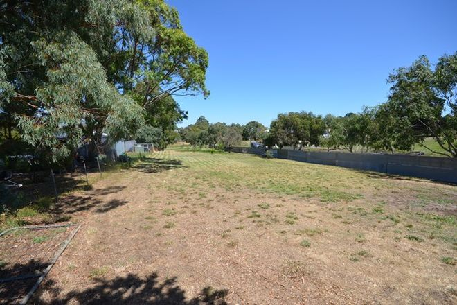 Picture of 11 Lyons Street, SKIPTON VIC 3361