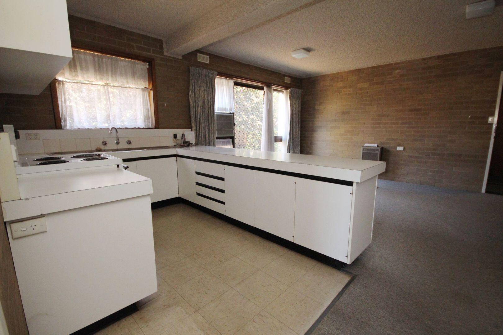 2/32 Ovens  Street, Wangaratta VIC 3677, Image 2