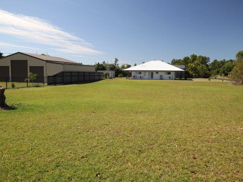 17 Vipiana Drive, Tully Heads QLD 4854, Image 0