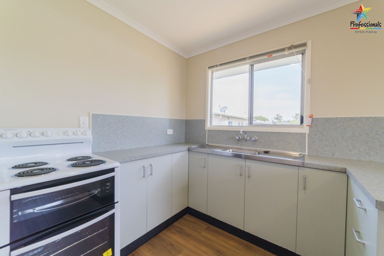 16 Eucalyptus Drive, Andergrove QLD 4740, Image 1