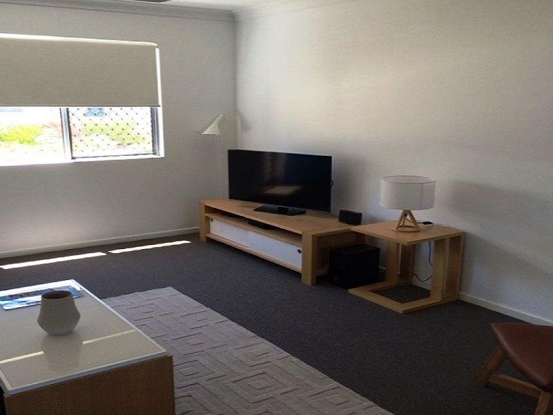 2/6 Brisbane, Bowen QLD 4805, Image 0
