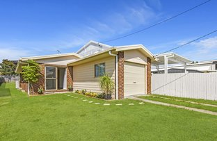 Picture of 15 Grattan Terrace, Wynnum QLD 4178
