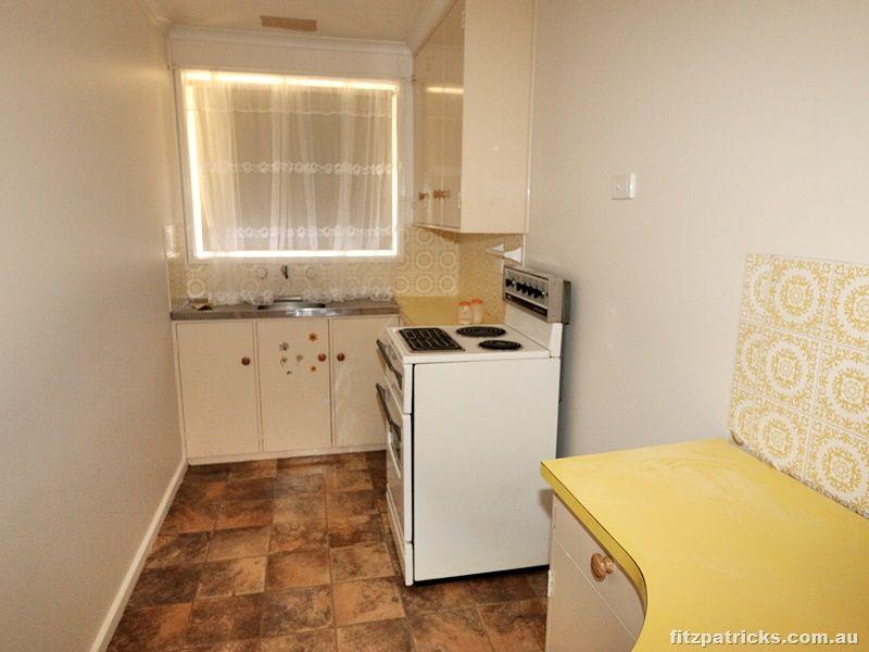 3/10 Lampe Avenue, Wagga Wagga NSW 2650, Image 2