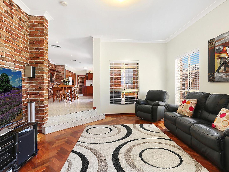 15 Lanceley Place, Abbotsbury NSW 2176, Image 1