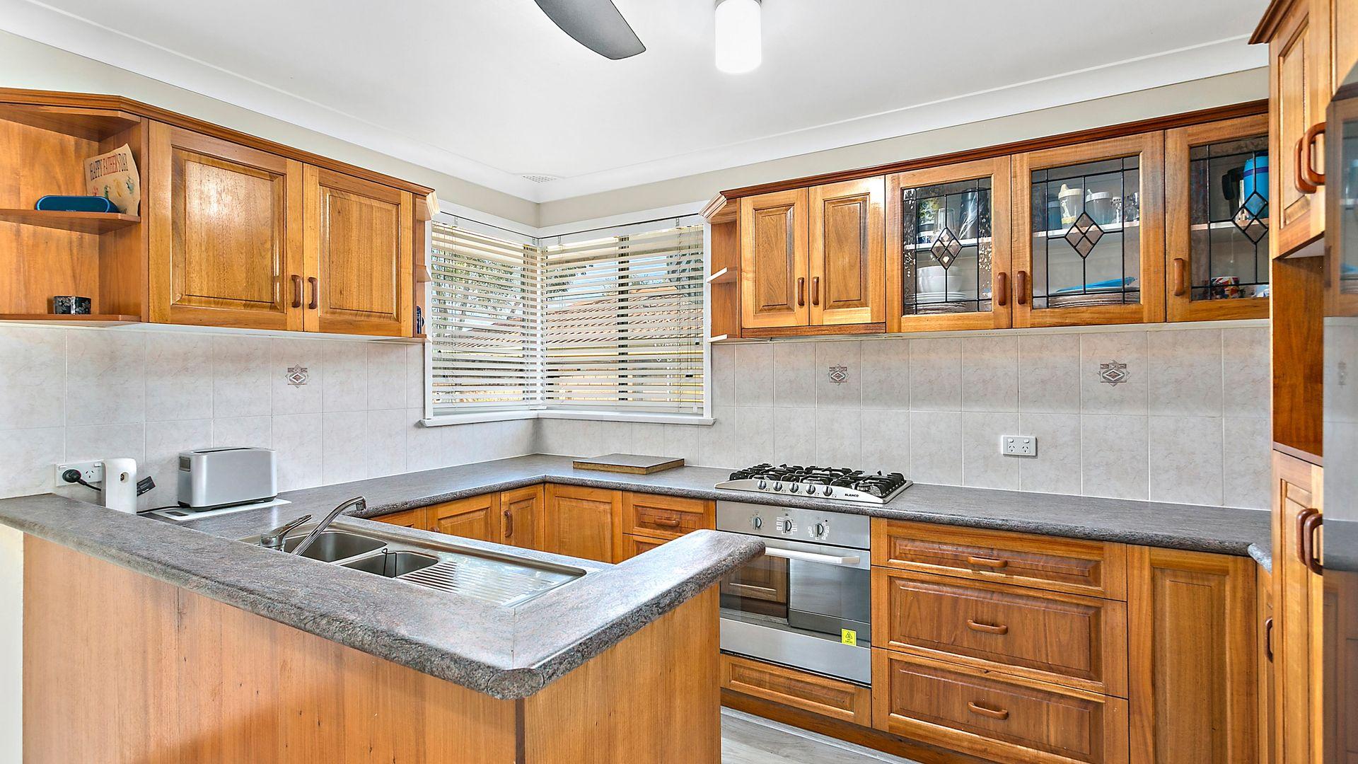 7 Oak Street, Albion Park Rail NSW 2527, Image 1