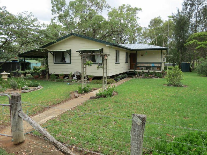 106 Maryvale Street St, Hendon QLD 4362, Image 1