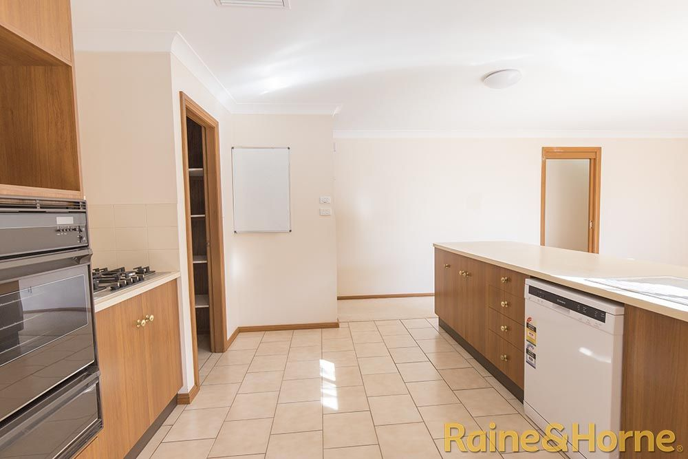14 Cyril Towers Street, Dubbo NSW 2830, Image 1
