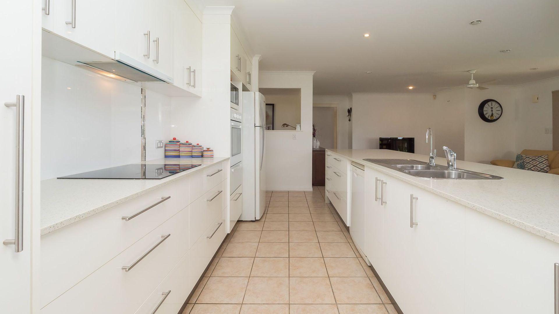 21 Julie Anne Street, Urraween QLD 4655, Image 1