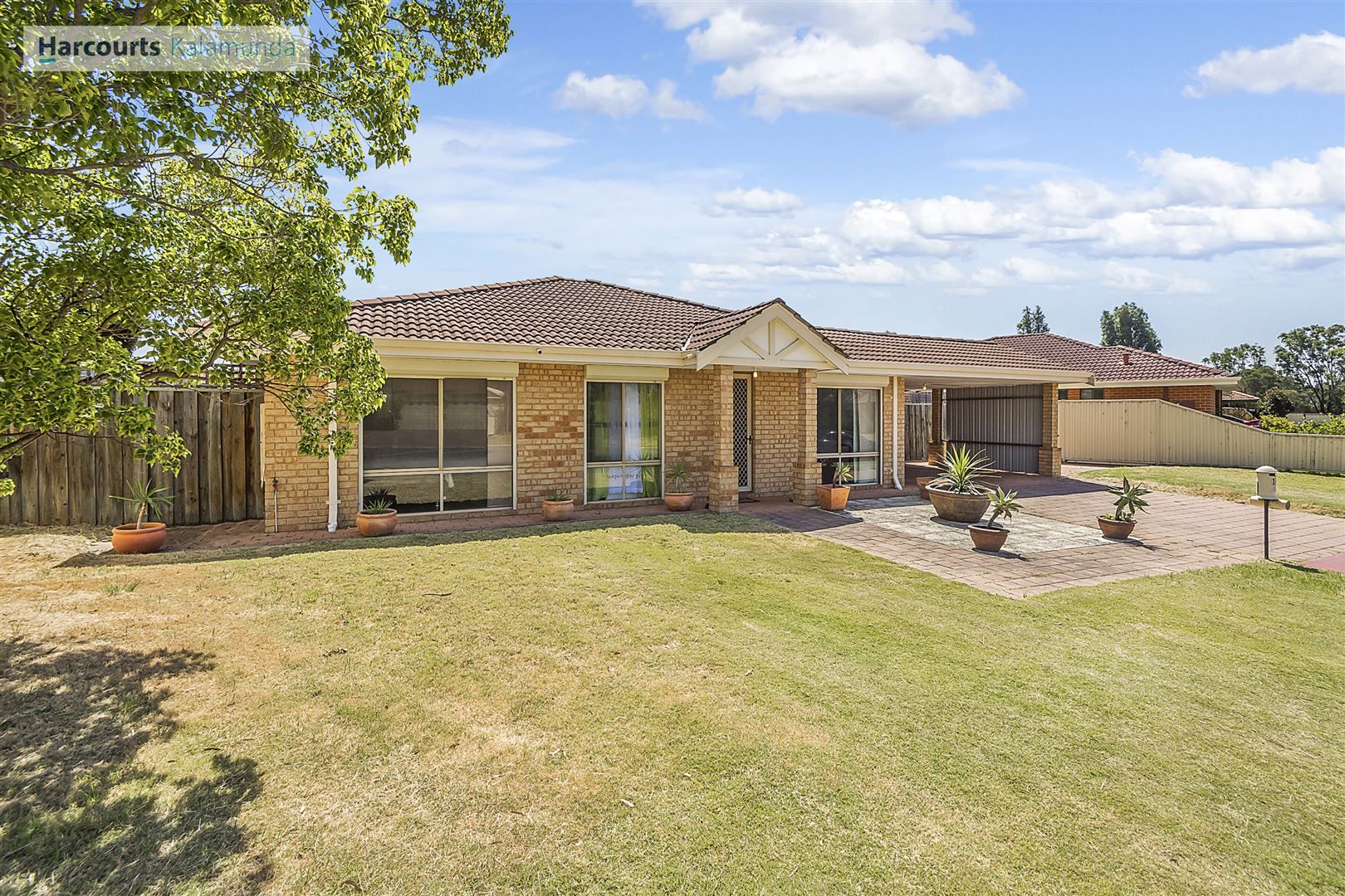 18 Bildjar Close, South Guildford WA 6055, Image 1