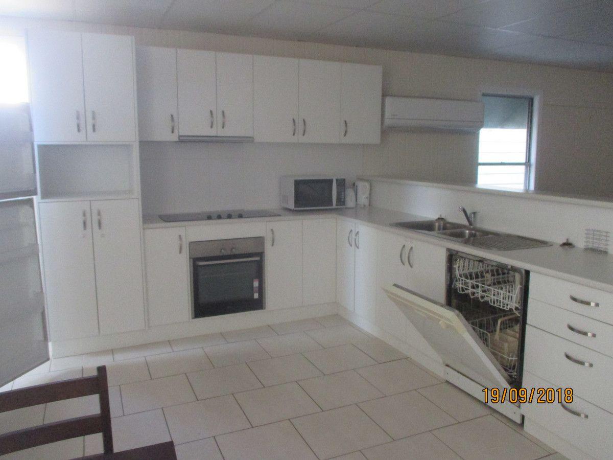 2/28 George Street, Jandowae QLD 4410, Image 2