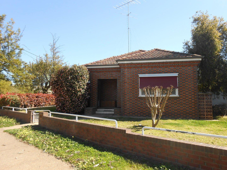 2 Murray Street, Wagga Wagga NSW 2650, Image 0