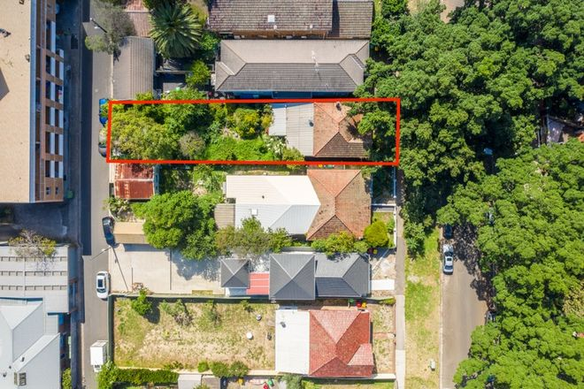 Picture of 10 Harbourne Road, KINGSFORD NSW 2032