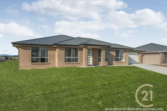 Picture of 18 Dovey Drive, KELSO NSW 2795