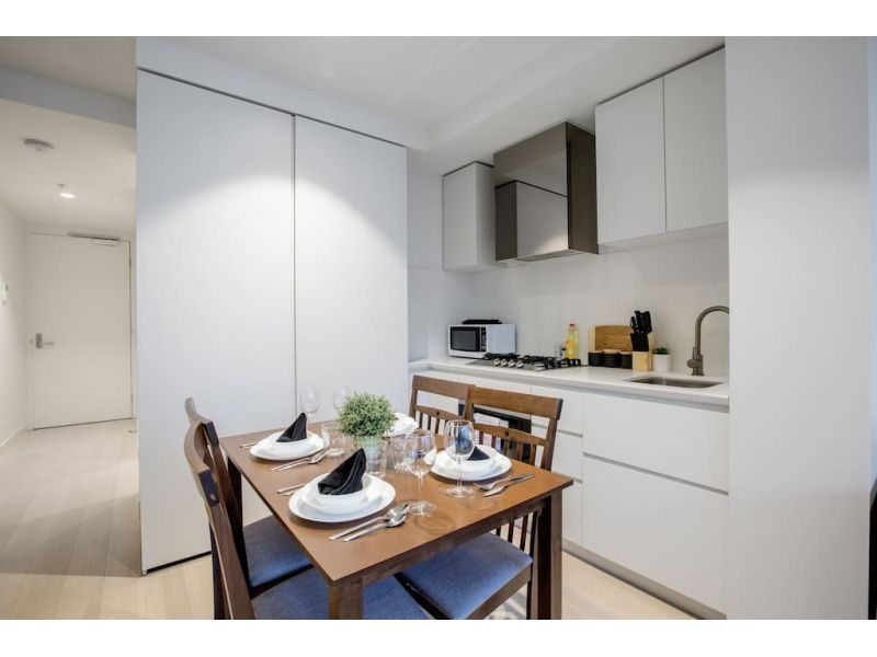 1107/127-141 A'Beckett Street, Melbourne VIC 3000, Image 1