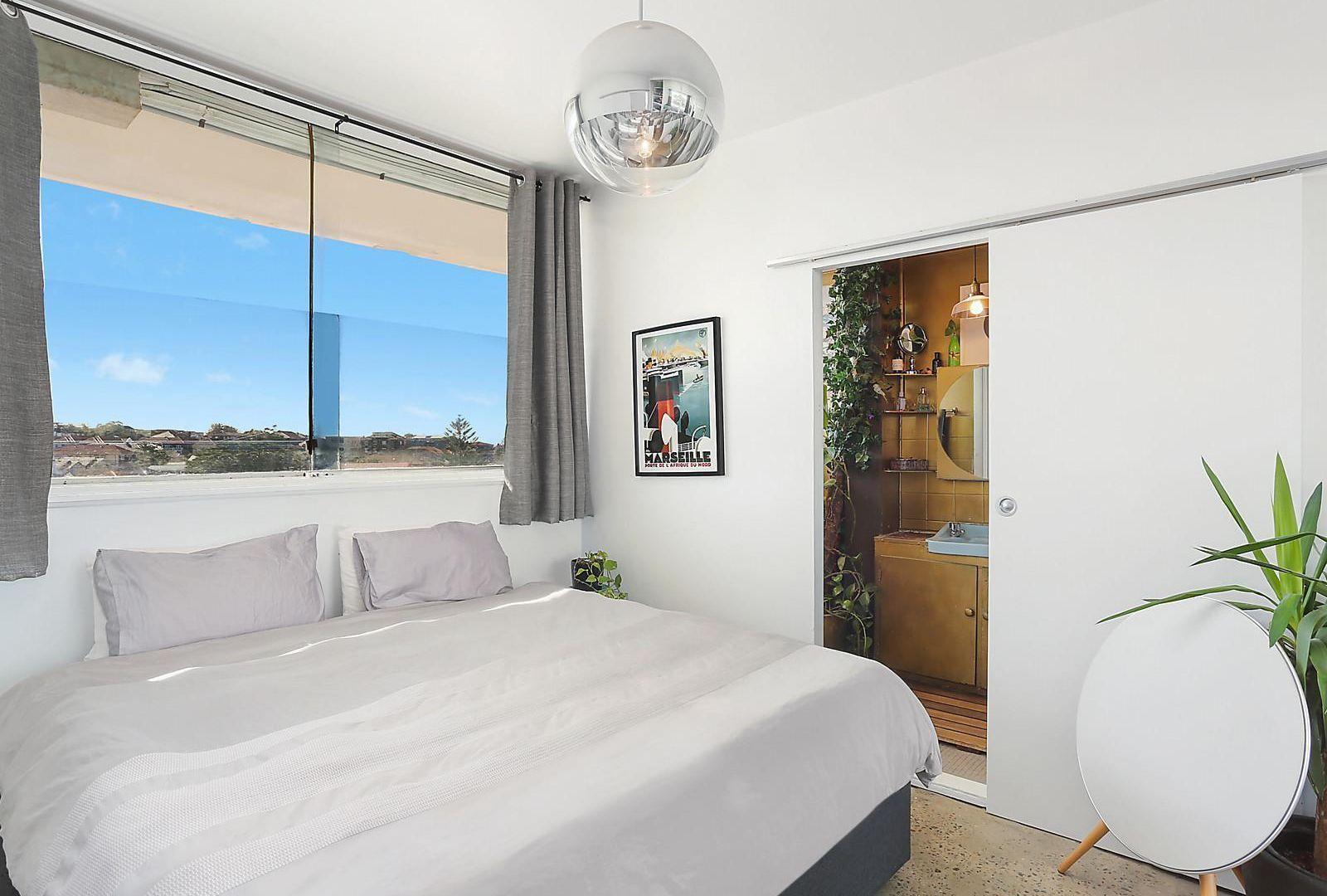 13/20 Illawong Avenue, Tamarama NSW 2026, Image 2