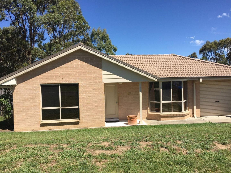 13 DALE CRESCENT, Armidale NSW 2350, Image 0