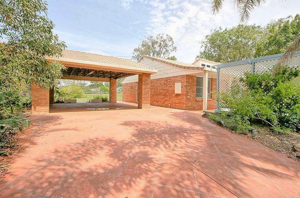 2 Lancewood Street, Park Ridge QLD 4125, Image 0