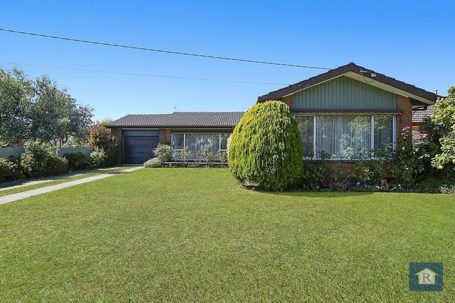 Picture of 114 Hart Street, COLAC VIC 3250
