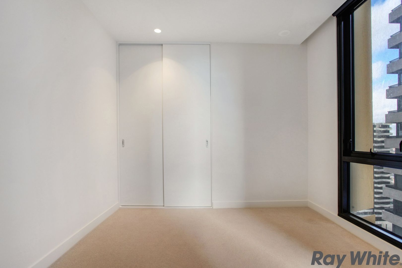 2401/89 A'Beckett Street, Melbourne VIC 3000, Image 2