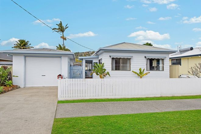 Picture of 2 Baker Drive, CRESCENT HEAD NSW 2440