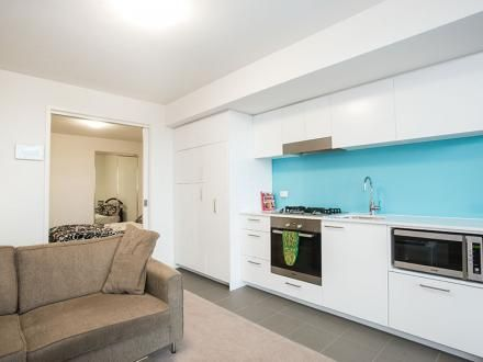 306/2 Willis Lane, Hampton VIC 3188, Image 2
