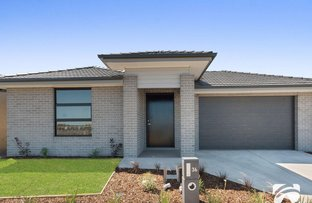 Picture of 36 Fairhall Avenue, Werribee VIC 3030