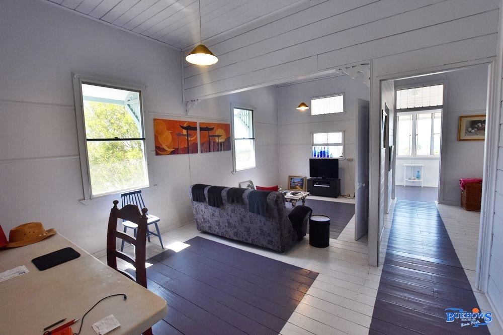 11 Bright St, Emu Park QLD 4710, Image 2