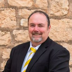 David Bussenschutt, Principal