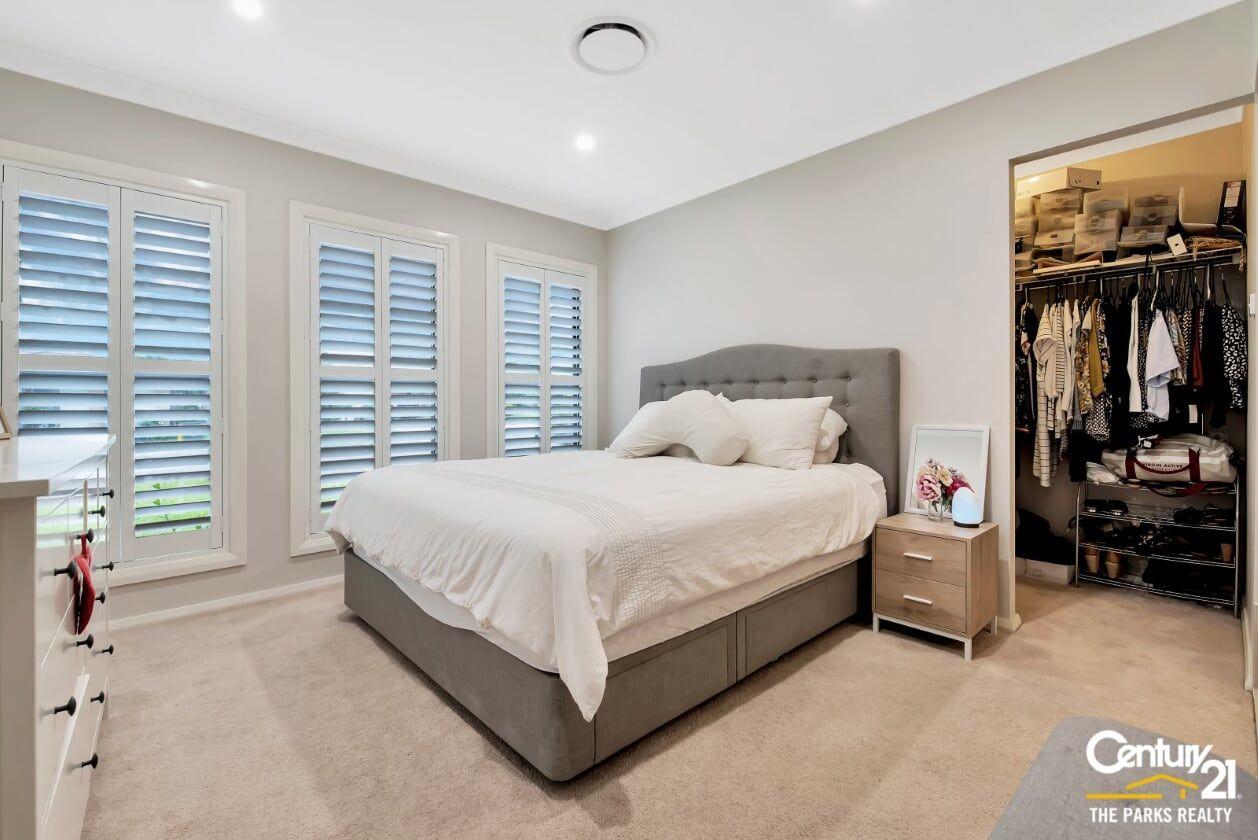 10 Gardiner Crescent, Elderslie NSW 2570, Image 1