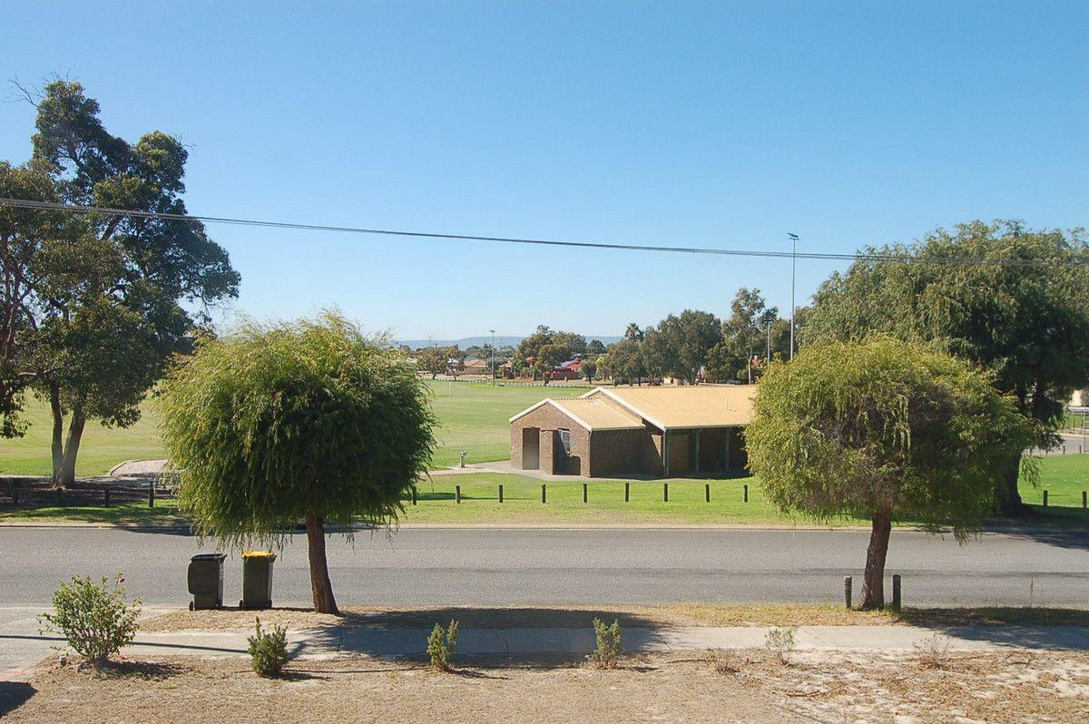 33B Sturtridge Road, Lockridge WA 6054, Image 1