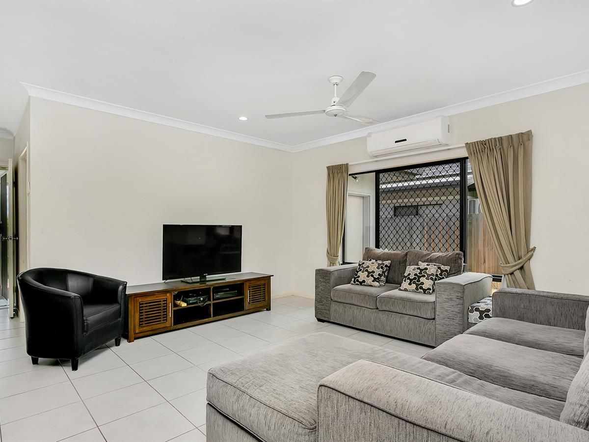 24 Flagstone Terrace, Smithfield QLD 4878, Image 2