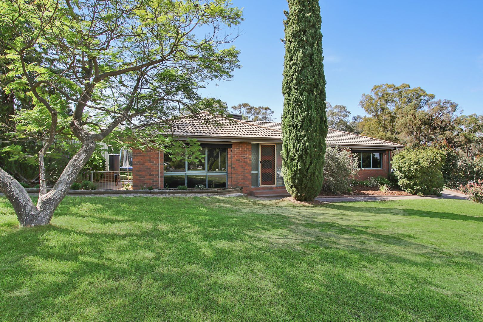 1 Barook Place, Springdale Heights NSW 2641, Image 0