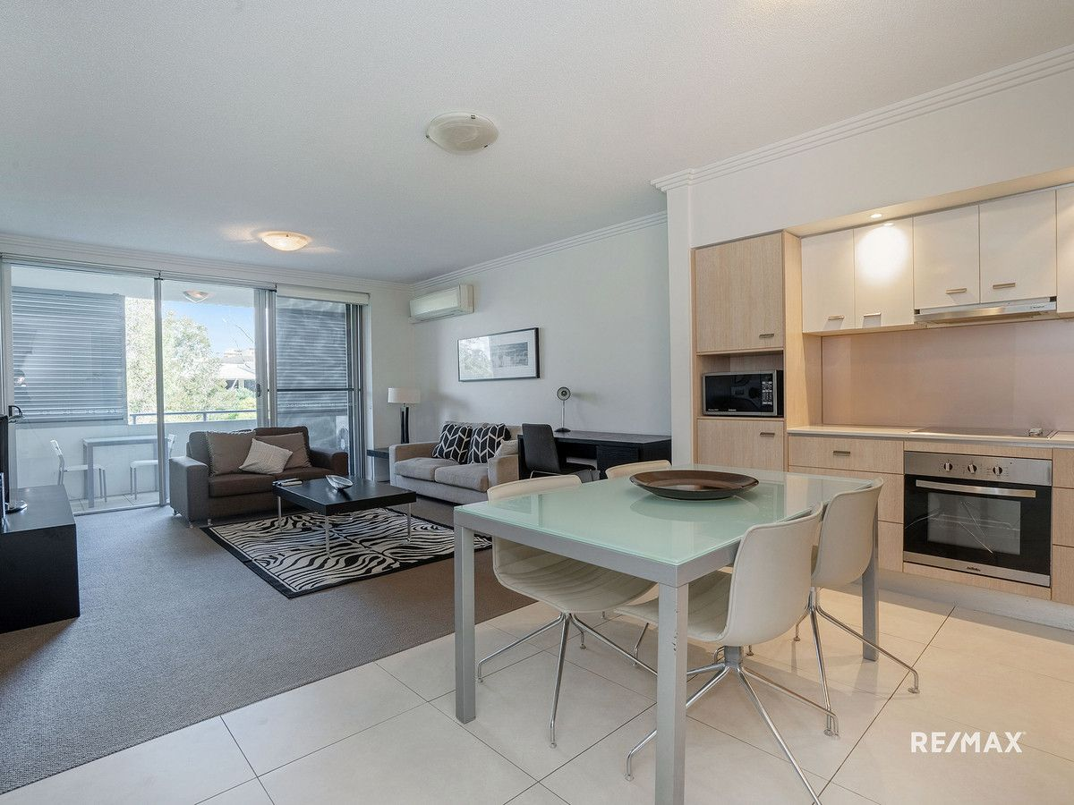 120/1-7 Moores Crescent, Varsity Lakes QLD 4227, Image 2