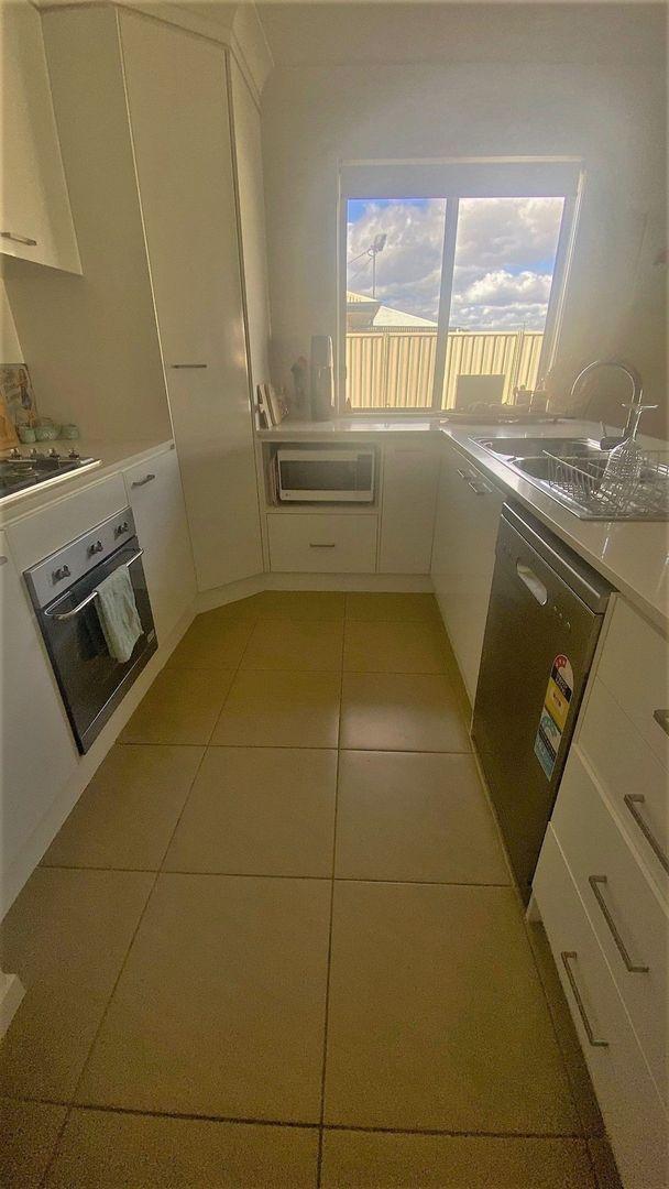 13 Luscombe Street, Chinchilla QLD 4413, Image 2