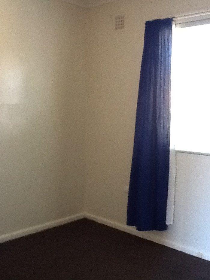 1/13 Adams Street, Queanbeyan NSW 2620, Image 2