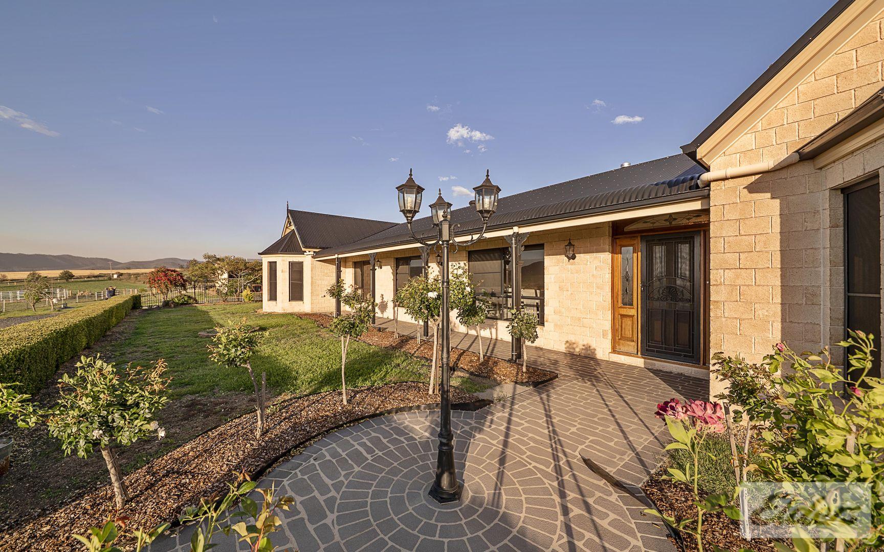 42 Careys Road, Emu Vale QLD 4371, Image 2