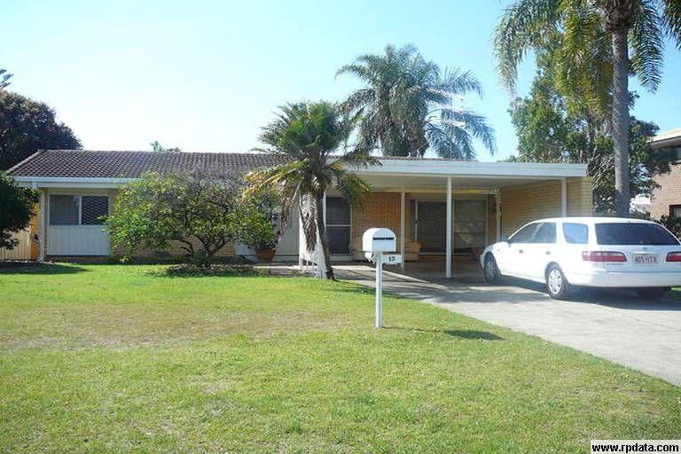 13 Runaway Bay Avenue, Runaway Bay QLD 4216, Image 0