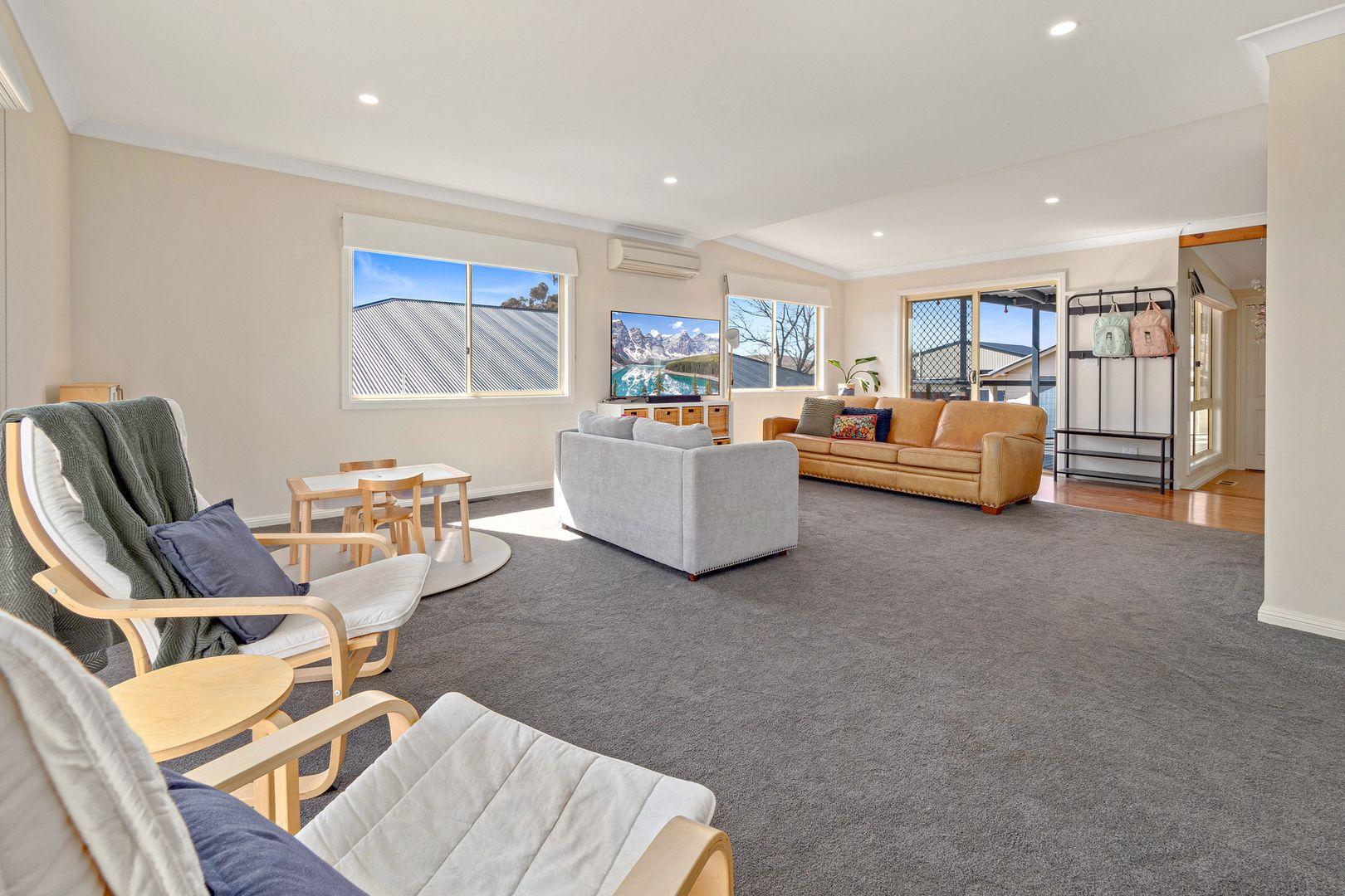 60 Denison Street, Cooma NSW 2630, Image 2