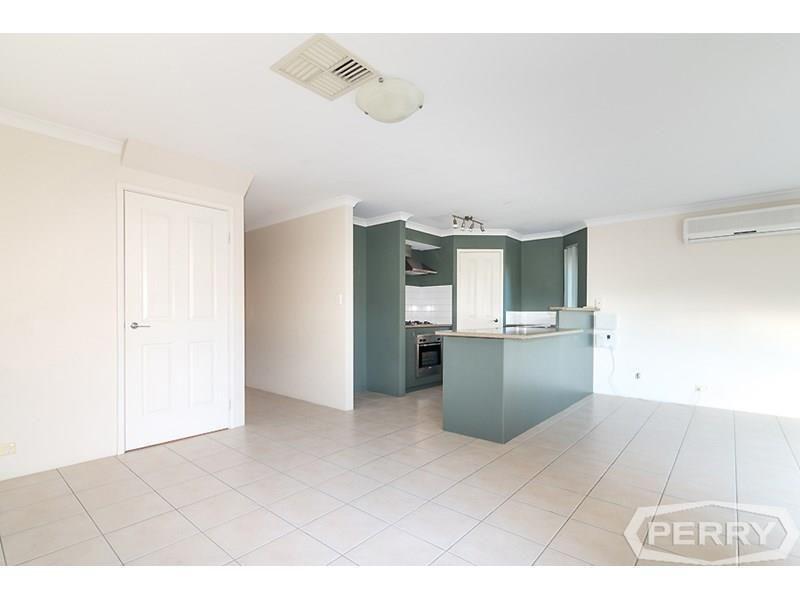 2/3 First Avenue, Mandurah WA 6210, Image 2