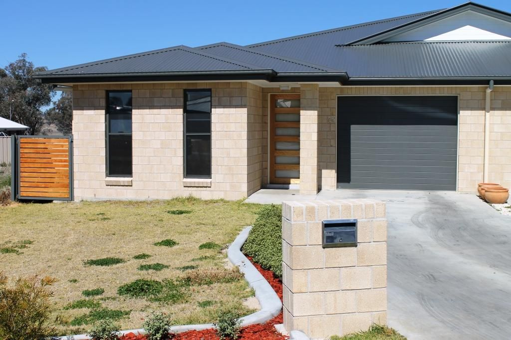 2A Stainfield Drive, Inverell NSW 2360, Image 0