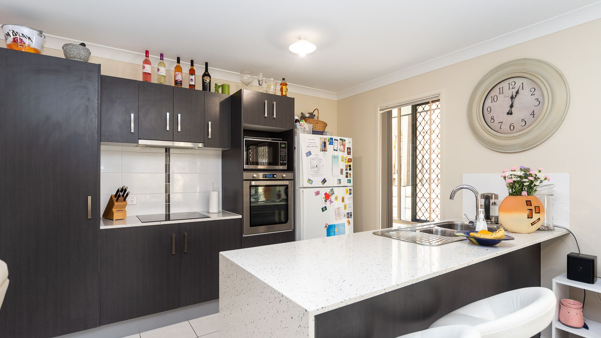 7 Looby Crescent, Pimpama QLD 4209, Image 2