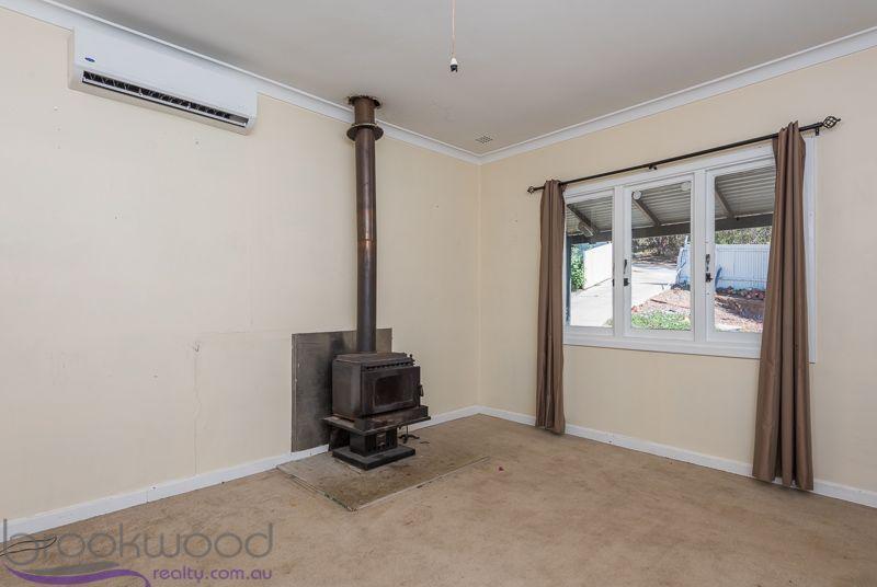 39 Crowea Terrace, Wundowie WA 6560, Image 2
