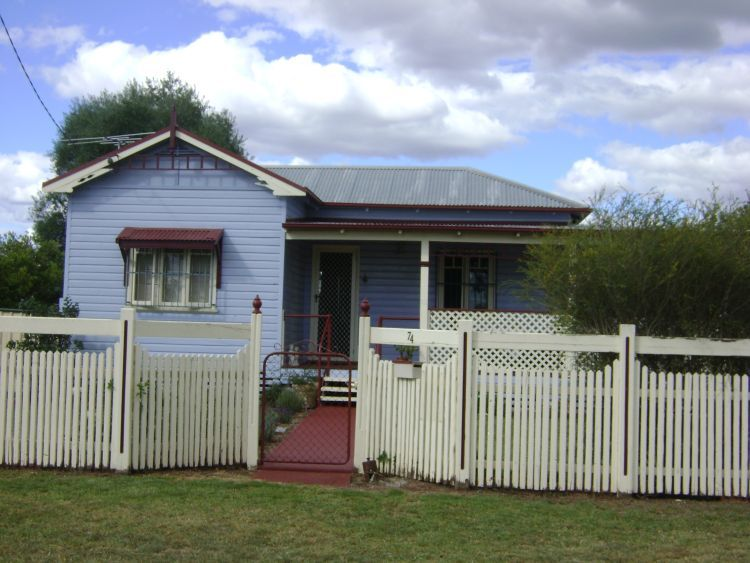 74 Campbell Street, Inverell NSW 2360, Image 0