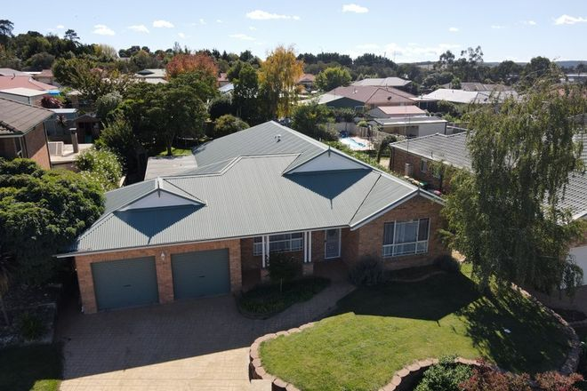 Picture of 5 Melville Place, ORANGE NSW 2800