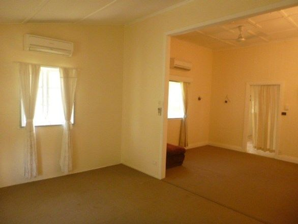1 Holborne Street, Bowen QLD 4805, Image 2